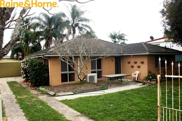 Recently Listed 19 Bushlark Street, CRESTMEAD, 4132, Queensland
