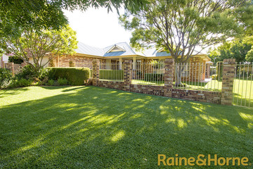 Recently Sold 19 Hillcrest Place, DUBBO, 2830, New South Wales