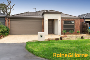 Sold 19 Banfield Place, LYNDHURST, 3975, Victoria