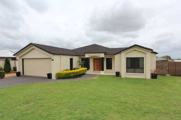 Recently Sold 7 Hillview Parade, KINGAROY, 4610, Queensland