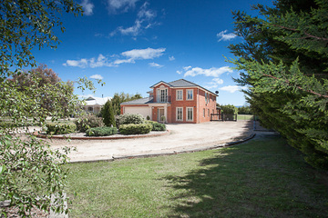 Recently Sold 111 Sheedy Road, GISBORNE, 3437, Victoria