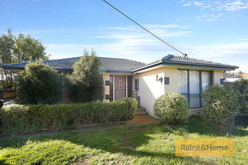 Recently Sold 15 Lawson Road, MELTON SOUTH, 3338, Victoria