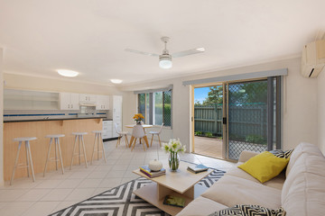 Recently Sold 2/1160 CREEK ROAD, CARINA HEIGHTS, 4152, Queensland