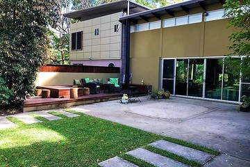 Recently Listed 2 Martha Lane, VERRIERDALE, 4562, Queensland