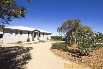Recently Sold 11 Bowden Fletcher Drive, NARROMINE, 2821, New South Wales