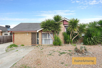 Recently Sold 33 Westmelton Drive, MELTON WEST, 3337, Victoria