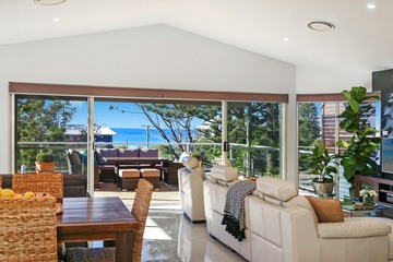 Recently Sold 2/5 Dover Road, WAMBERAL, 2260, New South Wales