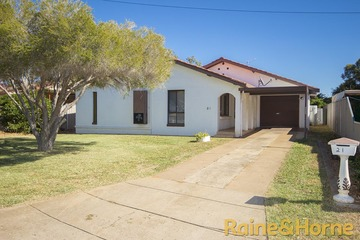 Recently Sold 21 Margaret Crescent, DUBBO, 2830, New South Wales
