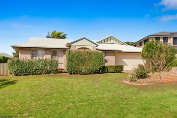 Recently Sold 4 Vanham Close, MIDDLE RIDGE, 4350, Queensland