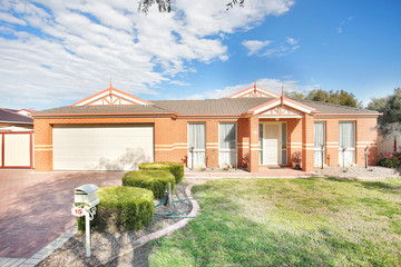 Recently Sold 15 Princeton Avenue, MELTON WEST, 3337, Victoria