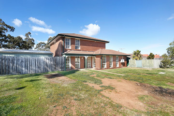 Recently Sold 46 Chelmsford Way, MELTON WEST, 3337, Victoria