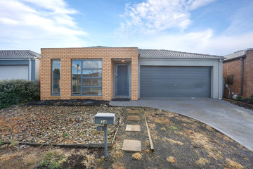 Recently Sold 34 Fairhaven Blvd, MELTON WEST, 3337, Victoria