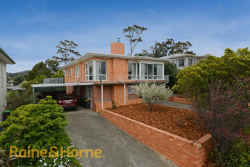Recently Sold 30 Karoola Road, LINDISFARNE, 7015, Tasmania