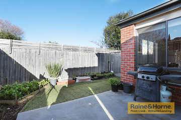 Recently Sold 2/77 Bronson Circuit, HOPPERS CROSSING, 3029, Victoria