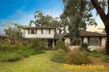 Recently Listed 21 Campbell Street, GLEN WAVERLEY, 3150, Victoria
