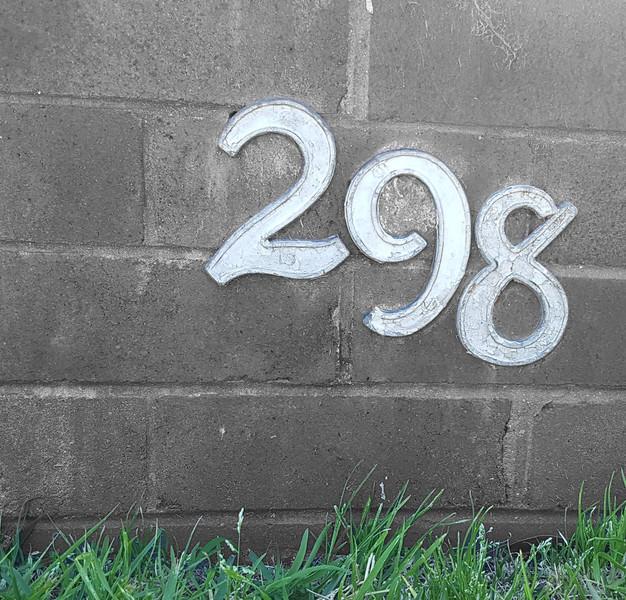 17986198.full