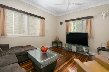 Recently Sold 10 WYLIE AVENUE, COORPAROO, 4151, Queensland