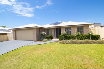 Recently Sold 8 Tallwoods Grove, DUBBO, 2830, New South Wales