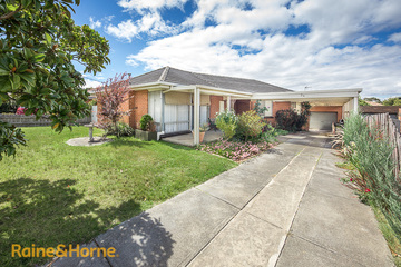 Recently Sold 34 Heysen Drive, SUNBURY, 3429, Victoria