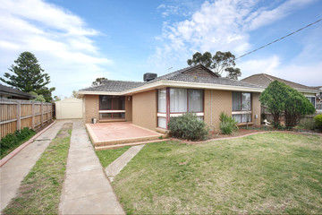 Recently Sold 97 Exford Road, MELTON SOUTH, 3338, Victoria