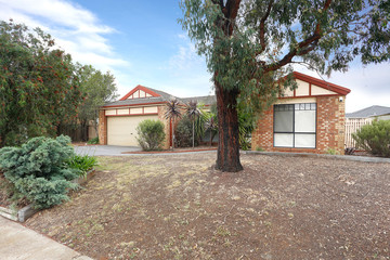 Recently Sold 13 Gleneagles Drive, MELTON WEST, 3337, Victoria