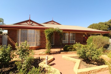 Recently Sold 29 Catherine Street, STIRLING NORTH, 5710, South Australia