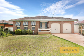 Recently Sold 12 Oldershaw Road, MELTON, 3337, Victoria