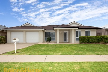 Recently Sold 82 Mima Street, GLENFIELD PARK, 2650, New South Wales