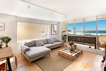 Recently Sold 2/50a Carrington Parade, CURL CURL, 2096, New South Wales