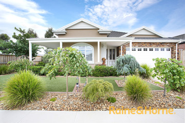 Recently Sold 14 Stoneleigh Road, CRANBOURNE NORTH, 3977, Victoria
