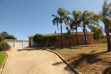 Recently Sold 11 Charles Crescent, YOUNG, 2594, New South Wales
