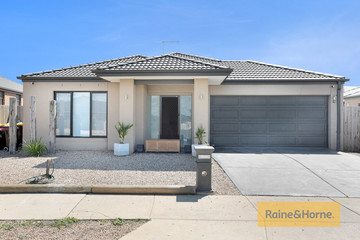 Recently Sold 25 Burswood Circuit, MELTON WEST, 3337, Victoria
