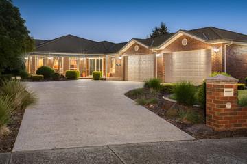 Recently Listed 10 Rose Garden Court, NARRE WARREN NORTH, 3804, Victoria