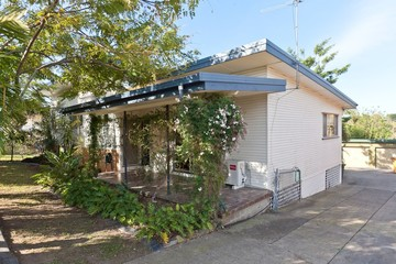 Recently Sold 38 BULGIN AVENUE, WYNNUM WEST, 4178, Queensland