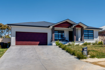 Recently Sold 56 KIDD CIRCUIT, GOULBURN, 2580, New South Wales