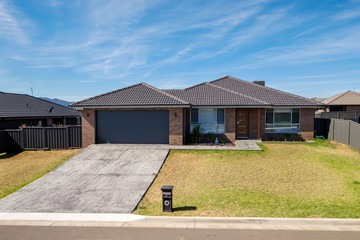 Recently Sold 11 Simmental Way, TAMWORTH, 2340, New South Wales