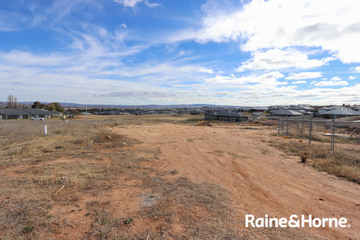 Recently Sold 5 Quigley Close, KELSO, 2795, New South Wales