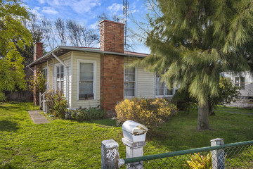 Recently Sold 33 Anslow Street, WOODEND, 3442, Victoria
