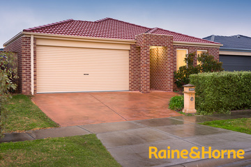 Sold 7 Banfield Place, LYNDHURST, 3975, Victoria