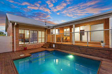 Auctioned 14 Heights Cres, WAMBERAL, 2260, New South Wales