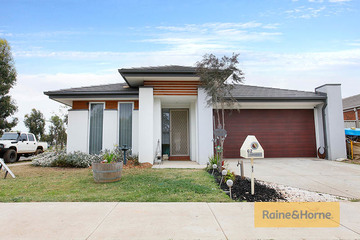 Recently Sold 62 Fantail Way, BROOKFIELD, 3338, Victoria