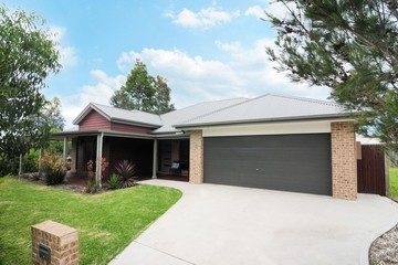 Recently Sold 19 Halloran Street, VINCENTIA, 2540, New South Wales
