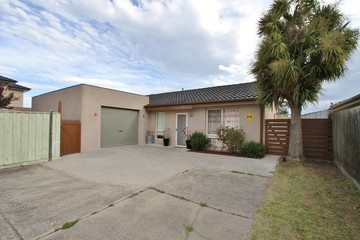 Recently Sold 2/4 Forster Street, NOBLE PARK, 3174, Victoria