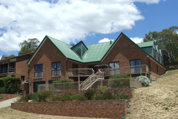 For sale 15 Candlebark Circuit, JINDABYNE, 2627, New South Wales
