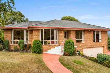 Recently Sold 22 Lady Penrhyn Drive, BLACKMANS BAY, 7052, Tasmania