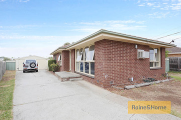 Recently Sold 5 Essex Drive, MELTON, 3337, Victoria