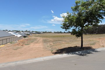 Recently Sold 22 Melaleuca Way, MURRAY BRIDGE, 5253, South Australia