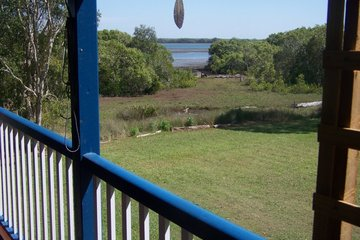 Recently Listed 48 Charles Terrace, MACLEAY ISLAND, 4184, Queensland