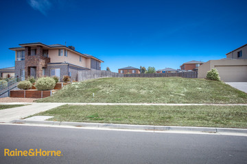 Recently Sold 45 Bundanoon Avenue, SUNBURY, 3429, Victoria