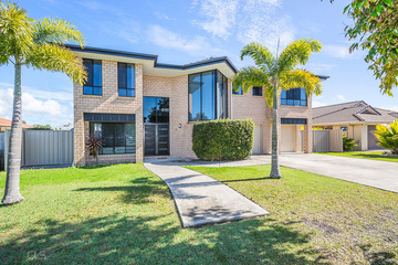 Recently Listed 10 Cremorne Court, SANDSTONE POINT, 4511, Queensland